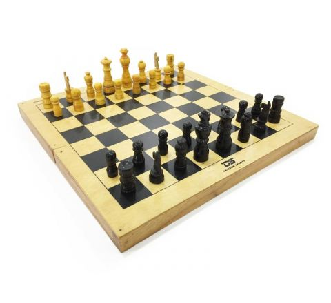 DS Chess Board w/ Chessmen