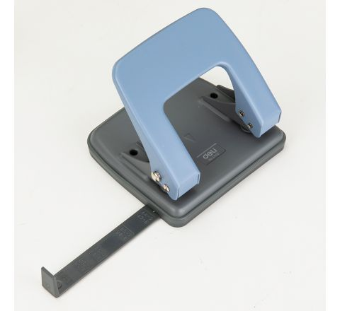 E0102-DELI TWO HOLE PUNCH 20 S HEETS